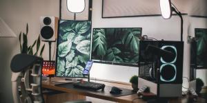 Cómo conectar dos pantallas a un PC